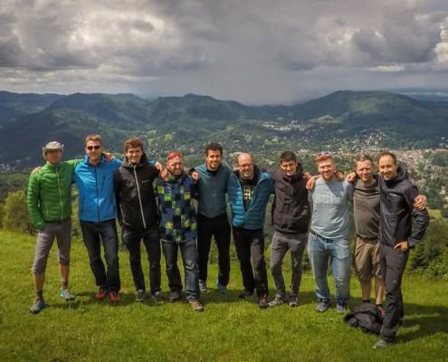 Bei so tollem Wetter ist auch mal Zeit für ein Gruppenfoto...